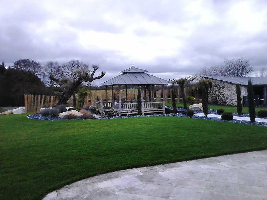 Aménagement d''une cour et du jardin - Côtes d''armor (22) dsc00142