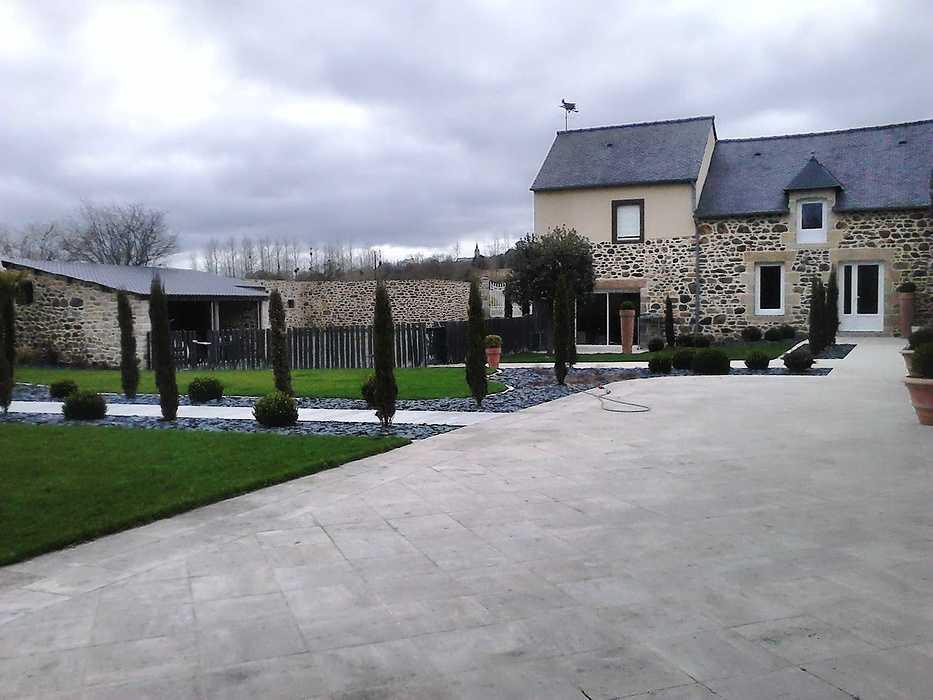 Aménagement d''une cour et du jardin - Côtes d''armor (22) dsc00152