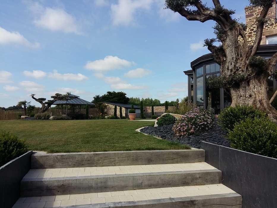 Aménagement d''une cour et du jardin - Côtes d''armor (22) 0