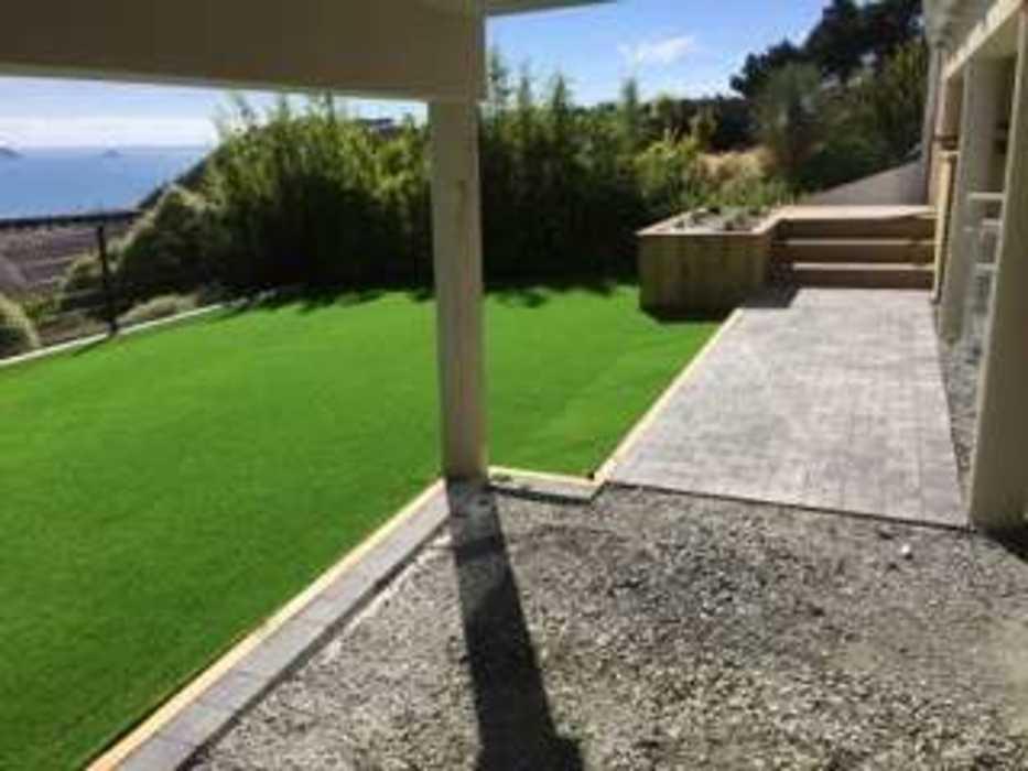 Création d''un jardin et aménagement d''un espace détente en balcon - (22) img0285